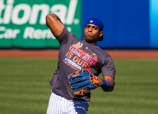 Yoenis Cespedes throws 32edds